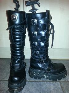 New Rock Goth Metallic Boots